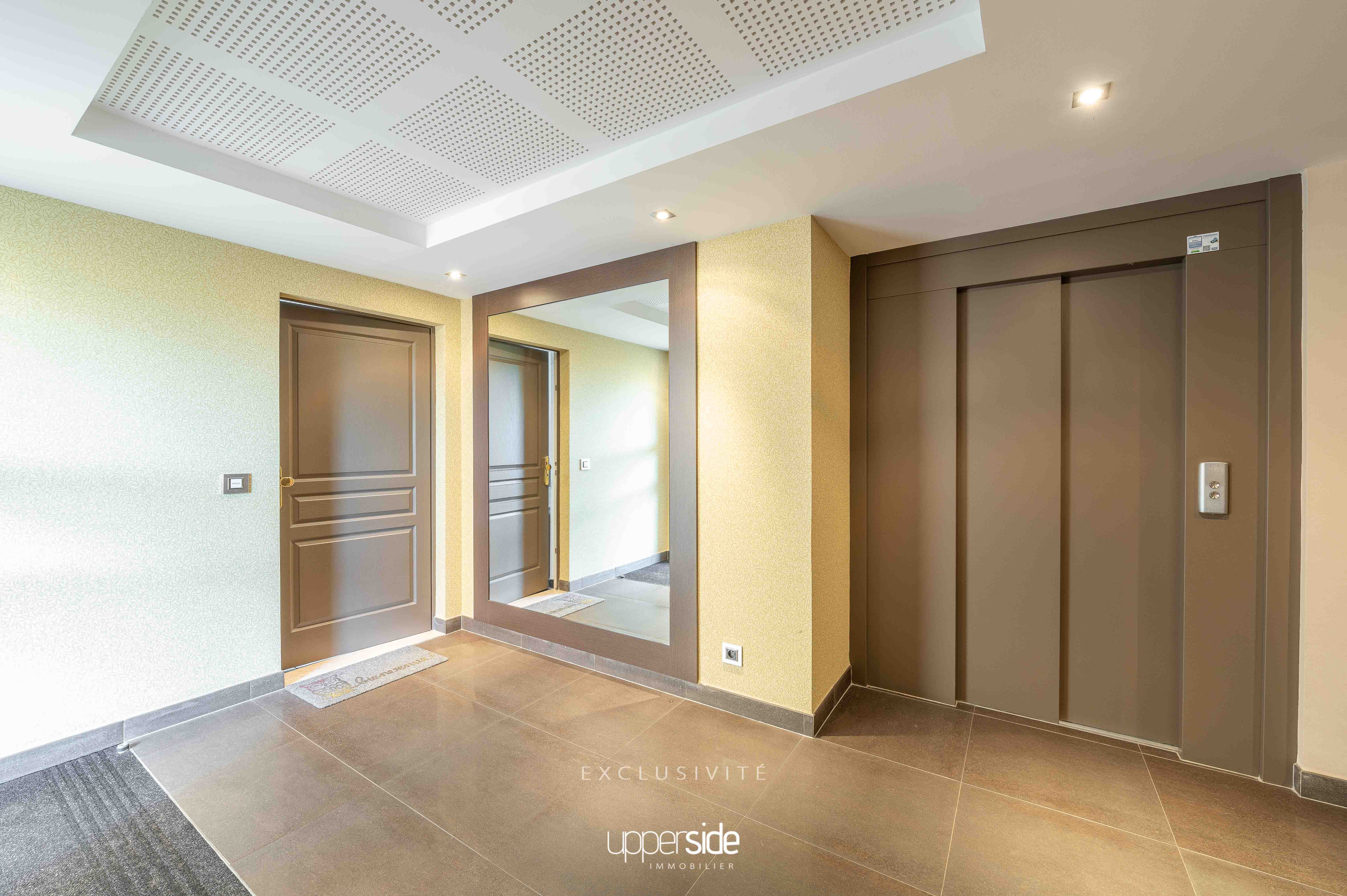 STRADIVA – Beau studio au calme avec garage Image